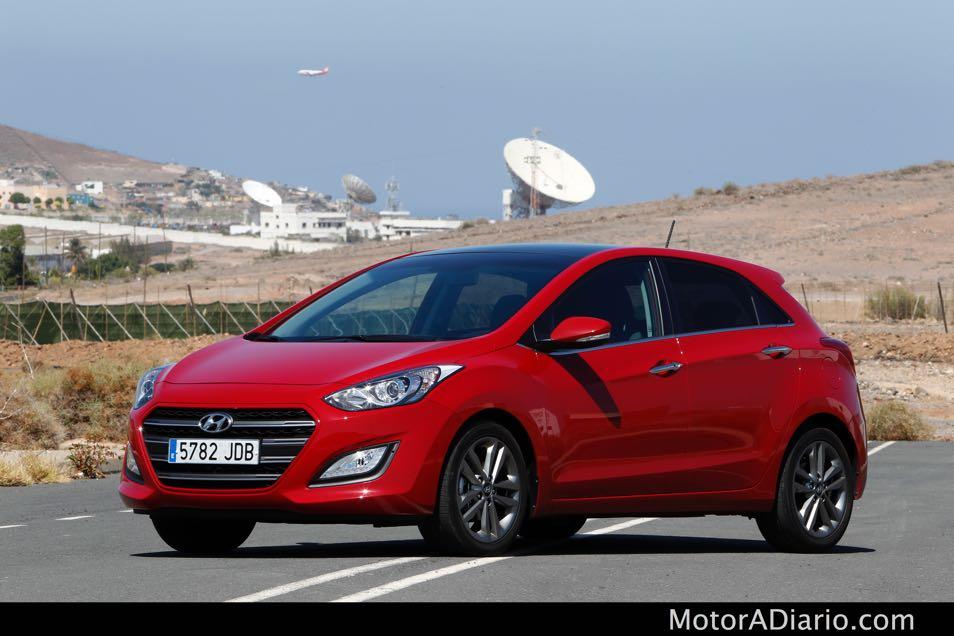 Hyundaii302015_13