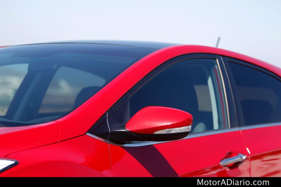 Hyundaii302015_17