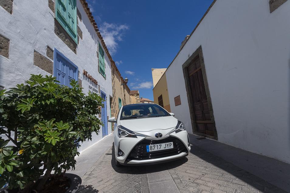 ToyotaYaris2017_6