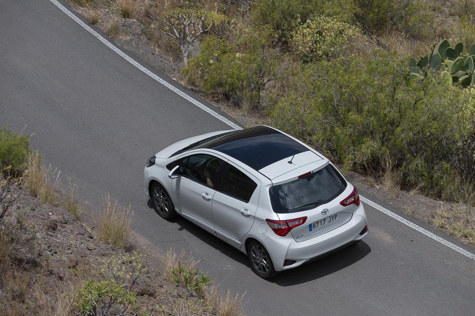 ToyotaYaris2017_19