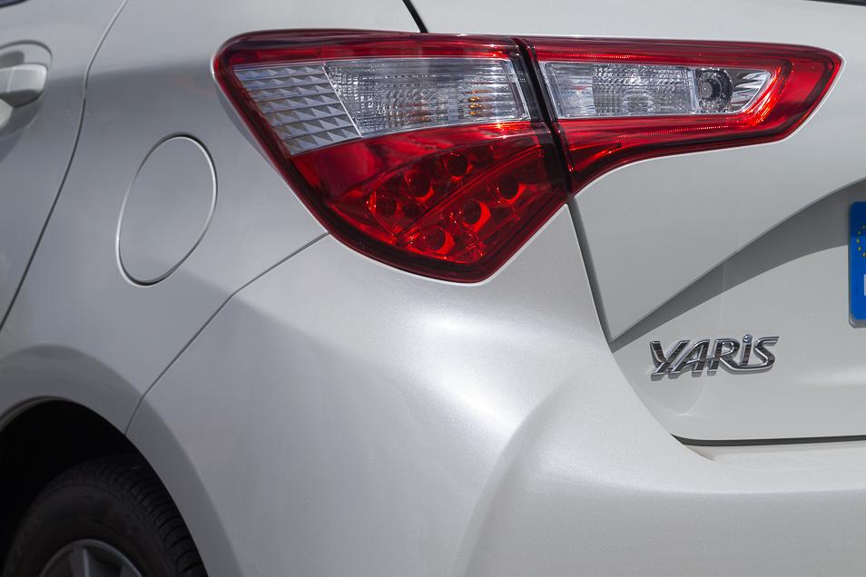 ToyotaYaris2017_34
